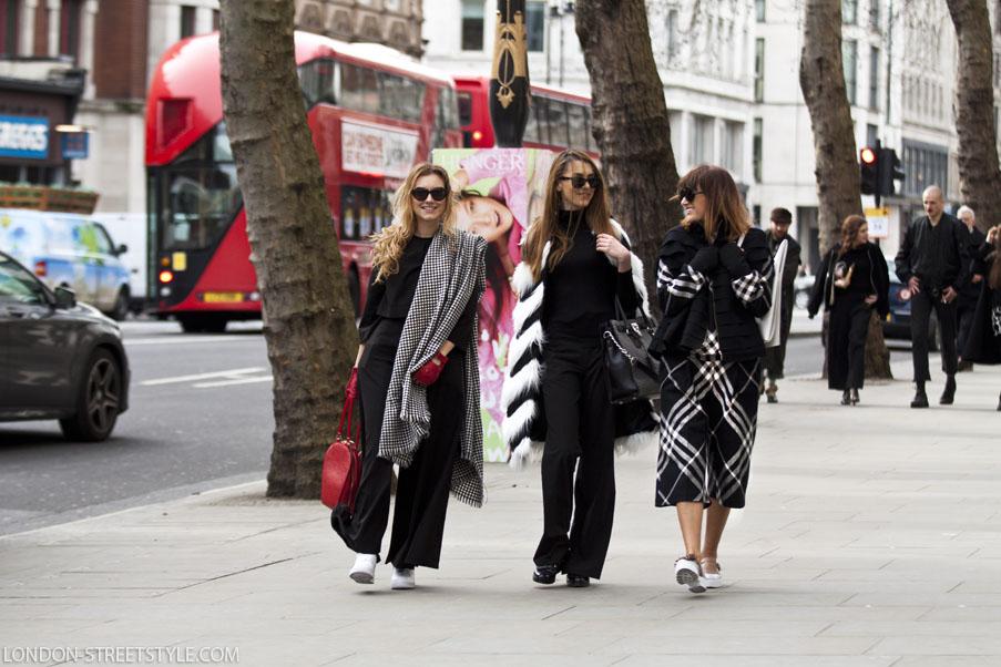street style, designer, street wear, outfit, ootd, style, stylish, love, fashion, last minute couture, luana codreanu, blog, blogger, fashion blog, fashion blogger, lifestyle, travel, beautiful, pink, coat, Big Ben, London, rainy, LFW, London Fashion Week, black, love, makeup, hairstyle, Vogue