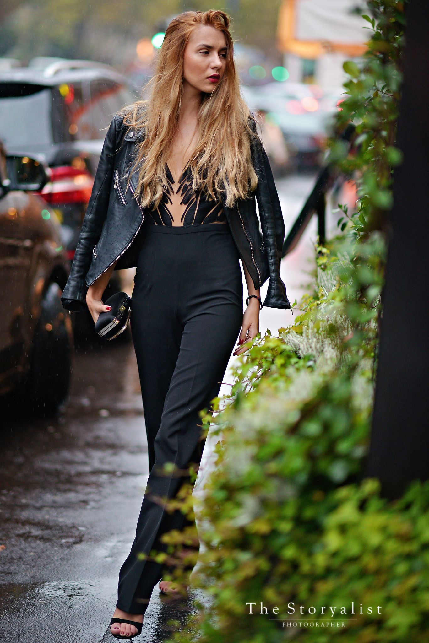 PFW, Paris Fashion Week, Alina Cernatescu, Romanian Designer, Fashion, style, street style , style blogger, blog, blogger, romanian blogger, Luana Codreanu, The Storyalist, Last Minute Couture, fashion blog, fashion blogger, stylish, trends, SS 2016, PFW SS 2016, all black outfit, outfit, OOTD, Mangrove, jumpsuit, new collection, leather jacket, Sonia Rykiel, fashion show, popular blog, outfit inspiration