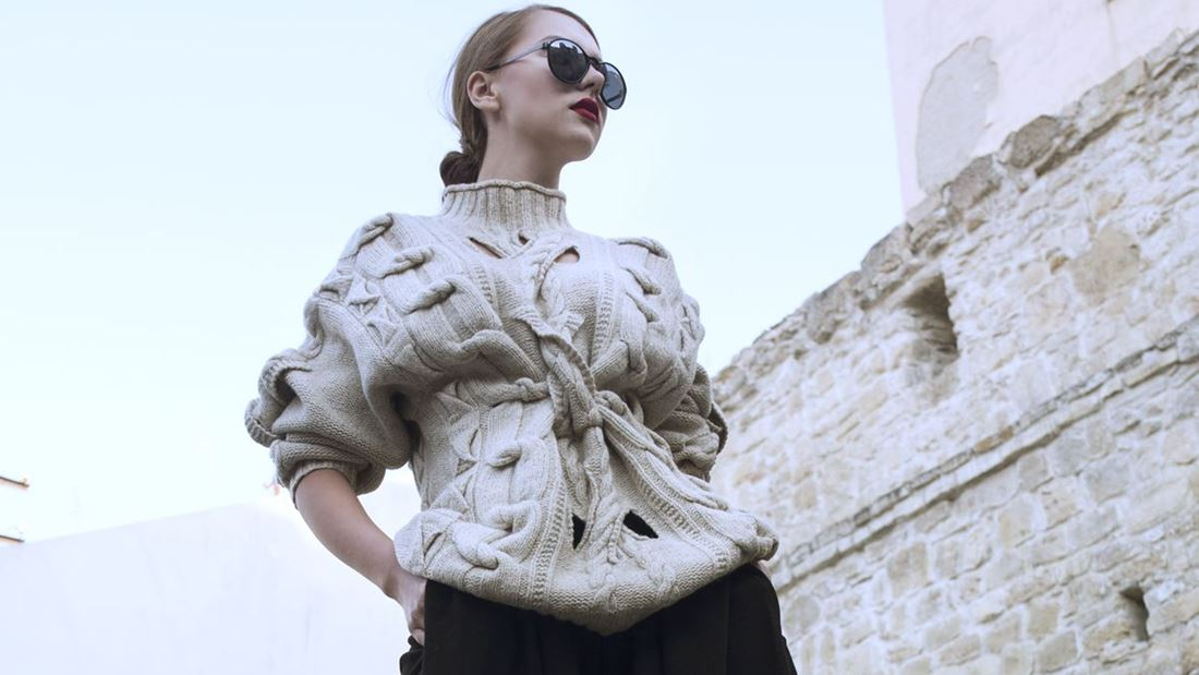 street style, designer, street wear, outfit, ootd, style, stylish, love, fashion, last minute couture, luana codreanu, blog, blogger, fashion blog, fashion blogger, lifestyle, travel, beautiful, Cluj, Romania, culottes, black, love, makeup, hairstyle